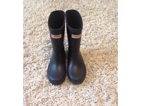 Hunter wellies size 9
