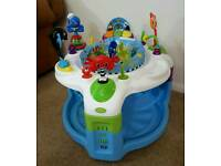 Baby Einstein rythm and reef activity saucer