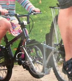 "Child's bike ""Follow Me"" frame"