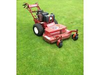 COMMERCIAL LAWN MOWER - Ferris Hydrowalk Zero Turn Petrol Mower 36' deck