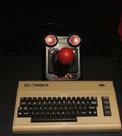 THE C64 MINI - UNBOXED