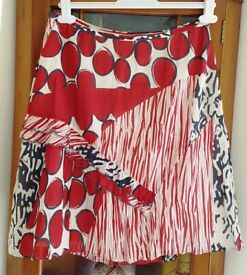 Ladies Quirky Red Cream & Grey Skirt by Sandwich Size 12 VGC!
