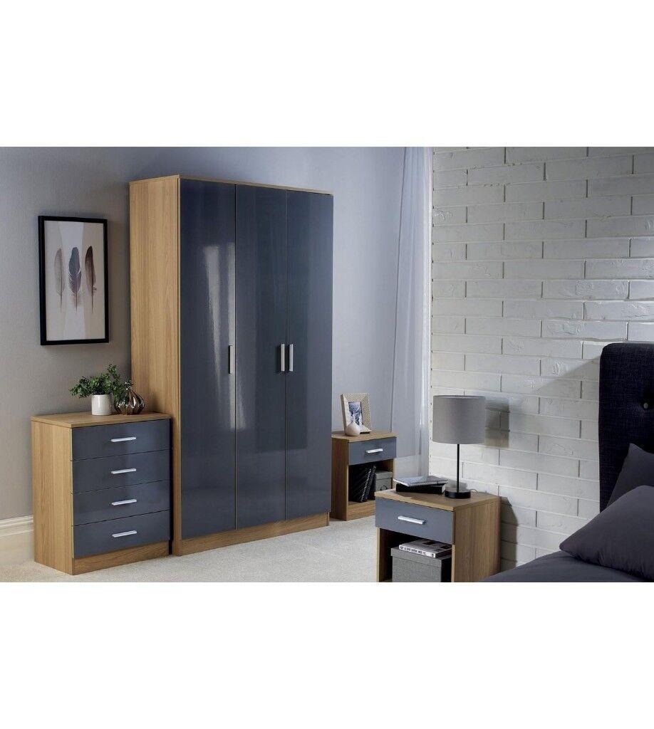 Carleton 4 Piece Bedroom Set With 3 Door Wardrobe