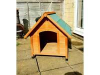 Dog house / kennel