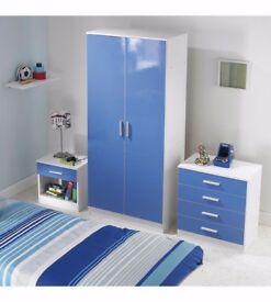 Brand New Carleton 3 Piece Wardrobe Chest table High Gloss Blue/White Childrens Bedroom Set