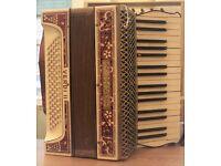 Beautiful Vintage 1930's Hohner Verdi II Accordion £100