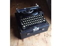 Vintage 1930s Imperial Typewriter Made in Leicester, England with Case