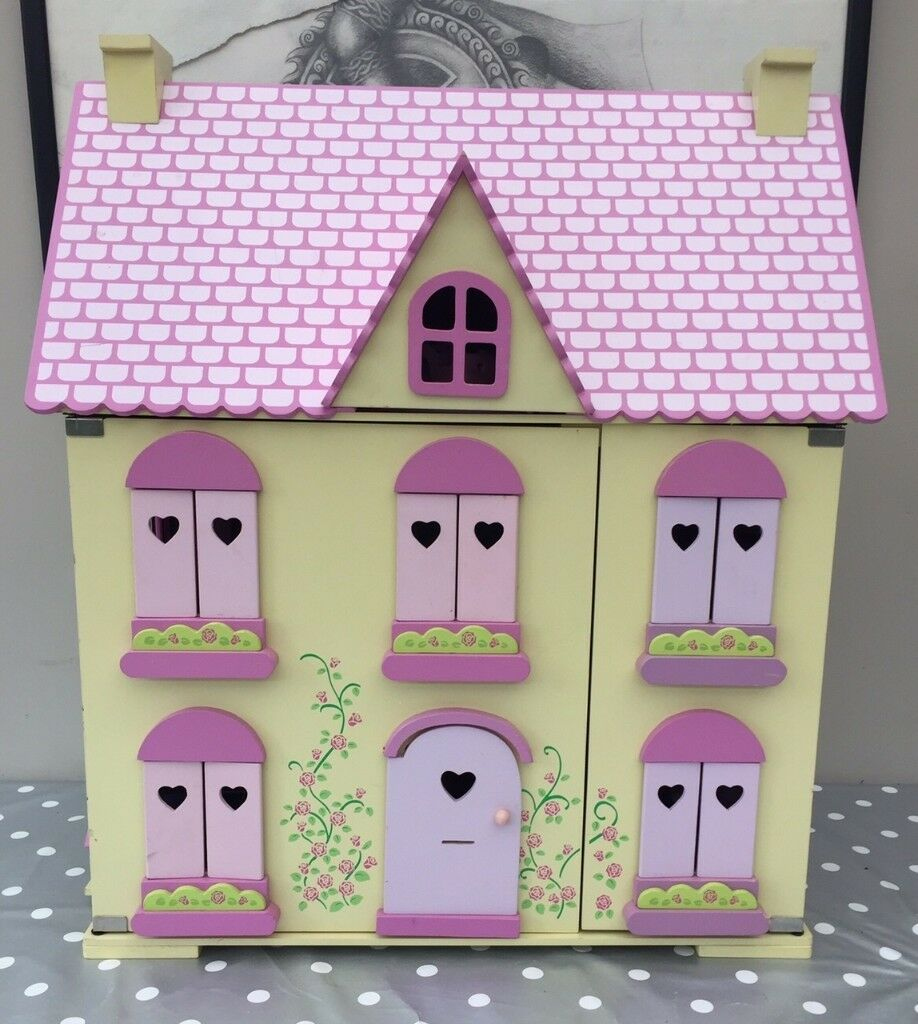 Wonderful Wooden Dolls House And Loads Of Extras / Furniture From Early Learning  Centre Rosebud Cottage