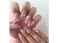 Gel & acrylic nails available