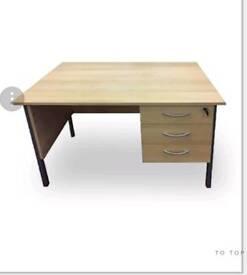 Job lot 6 -10 desks