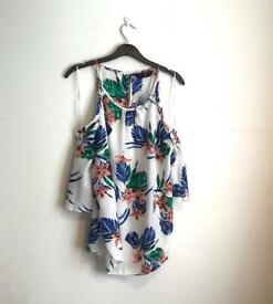 Women's Top Size 8 Tropical 2 FOR £5 on everything!!
