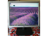 "17"" LG LCD monitor for PC / Laptop / CCTV Security Camera - Good Condition"