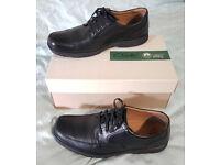 Clarks Black Leather Mens Shoes (UK 10)