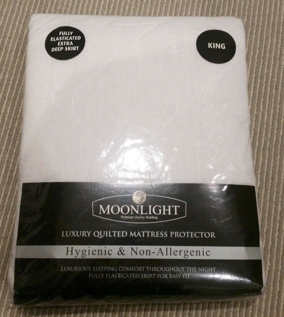 King-size mattress protector, new