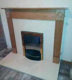 Electric fire withe surround