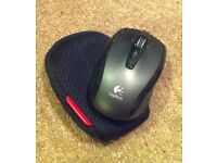 Small wireless mouse with case