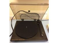 QED R232E Integrated Electronic belt drive turntable. Very rare. Excellent condition.