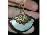 Lovely fan earrings with mother of pearl