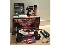 HPI Trophy Buggy Flux w/ 2x 4500mAh Batteries, Charger, Accessories