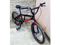 BMX 2004 Mongoose Menace,very rare mid school BMX in great condition, fully rebuilt.