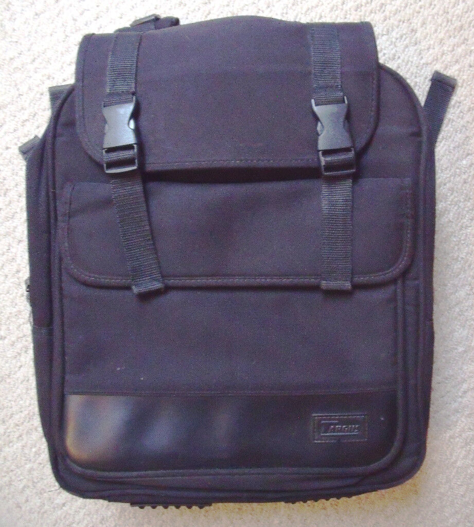 Targus Model CCB1 black nylon laptop backpack or rucksack with carry handle & shoulder strap.£8 ovno