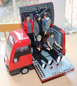 One Direction Tour Bus and all 5 original Band Figures
