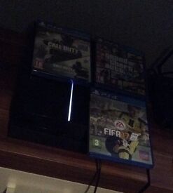 Selling Ps4 playstation 4 with fifa 17 cod Infinite Warfare and gta 5