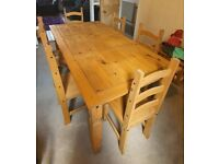 Lovely Mango Wood Dining Table and 6 chairs.