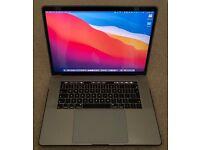 "MacBook Pro 15"" - 32GB Ram, 1TB SSD. 2.6GHz i7 Intel 6 Core, Radeon Pro, (2018)"