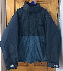 Waterproof quality jacket,only 1 month old,worn few times,size L,bargain at £25, first to see buys