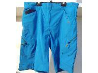 Dare2b Heighten Shorts. Blue Wave. Size 14.