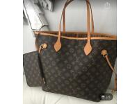 Louis Vuitton Neverfull MM Monogram Bag (WITH MATCHING PURSE AND ATTACHED CLUTCH)