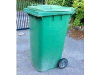 Green wheelie bin 240l