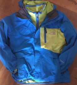 North Face kids waterproof jacket and fleece - Age 10/12