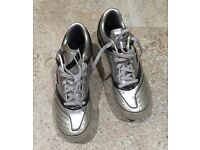 **BRAND NEW** Silver Umbro Football Boots Size 2