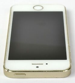 ( TWO ) iphones 5s gold one mint on O2 silver one spares repairs selling together as one.