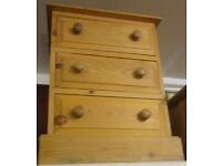 GOOD SOLID CONDITION, A NICE SOLID PINE 3 DRAW CHEST