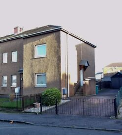 **IMMACULATE 2 BED FULLY FURNISHED UPPER COTTAGE FLAT WITH GARAGE**