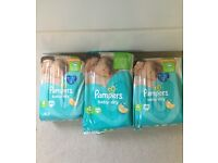 pampers nappies size 4 (3 packs)