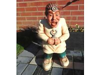 (#667) large dentist statue ornament (Pick up only, Dy4 area)