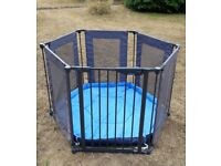 LINDAM safe and secure fabric play pen