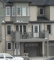 $500.00 OFF 1st Month Airdrie Town House-Water-Sewer-garbage inc
