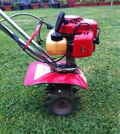 MANTIS TILLERCULTIVATOR / 2-STROKE IN GOOD CONDITION AND GOOD WORKING ORDER