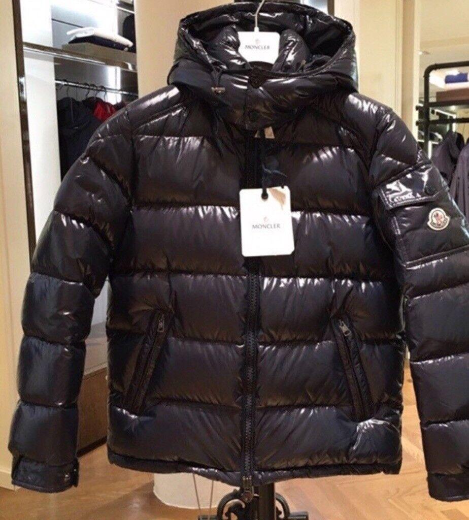 4a18b3fa1fb0 Moncler maya jacket coat size 2 and 3 M and L