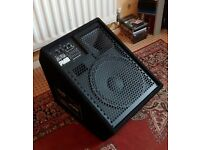 Carlsbro Alpha PM12 active stage monitor