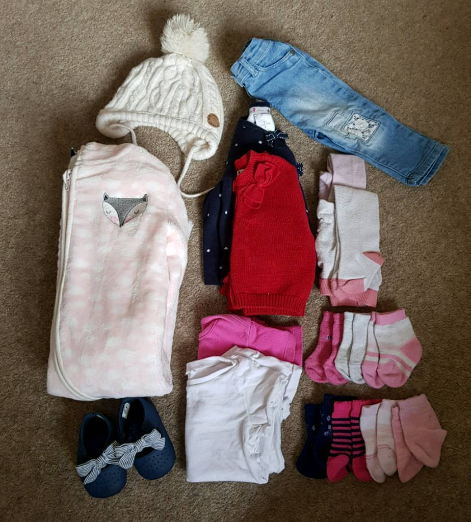 09e3fd9ed Bundle of baby girls clothes size 0-6 months