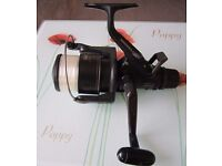 Shimano GT 4000 Baitrunner aero XT7 fishing reel in excellent condition