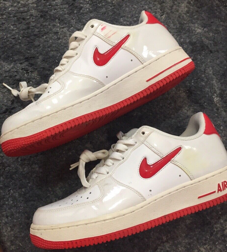 meet bc3d9 629a8 White and red nike Air Force 1