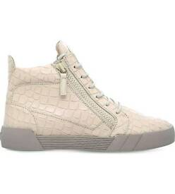 Brand new Guiseppe Zanotti for men