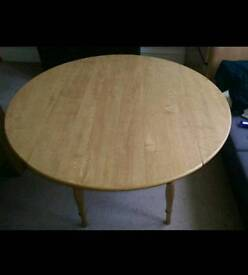 Dining table (with leaves)
